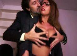 Par sexual gostoso com uma secretária safada
