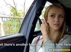 Linda loira do xvedio no carro em sexo