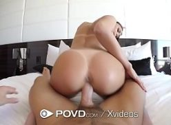 Bem linda rabuda no filme de porno dando