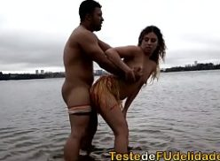 Loira com a maior buceta do brasil e comida